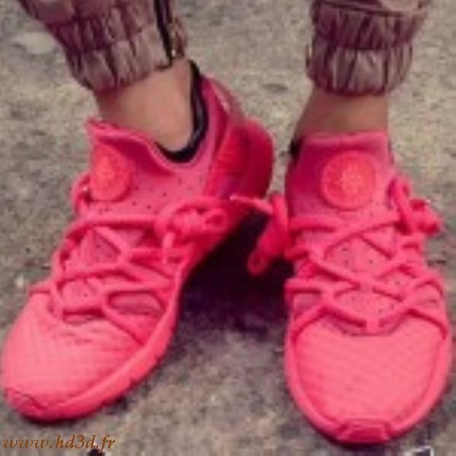 nike huarache nm rouge