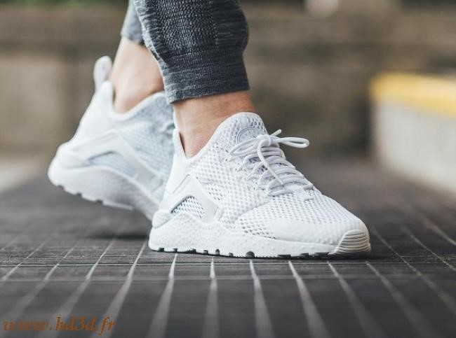 online store 5fe28 38259 Nike Huarache Ultra Femme Blanche