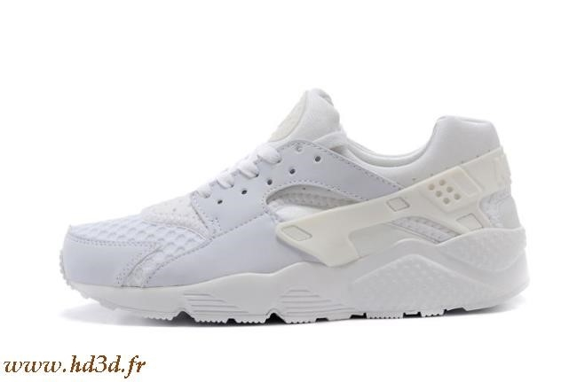 nike air huarache black pas cher