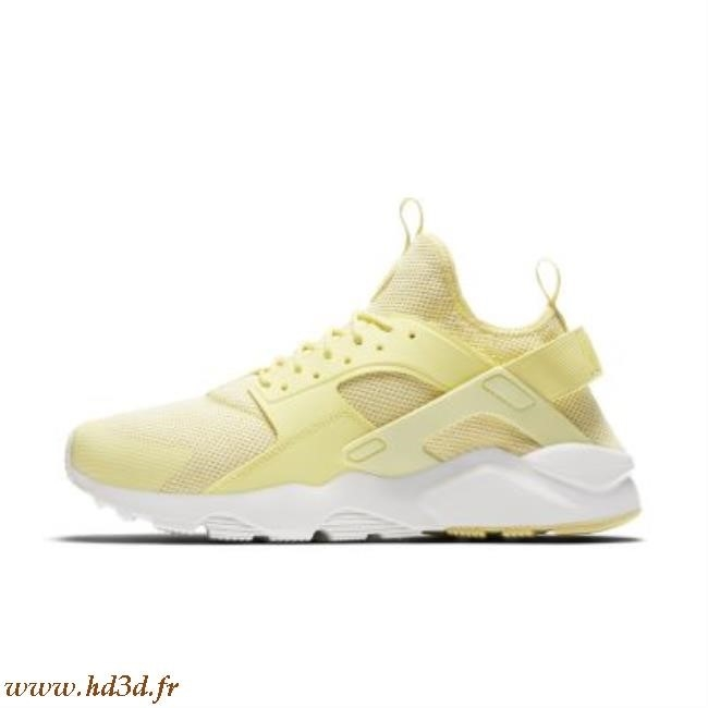 huge selection of 6eb18 a8834 Nike Huarache Ultra ...